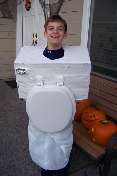 DIY toilet costume