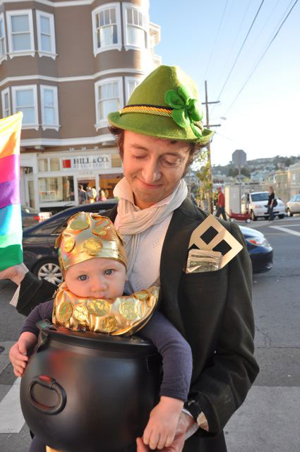 Leprechaun and pot of gold costume