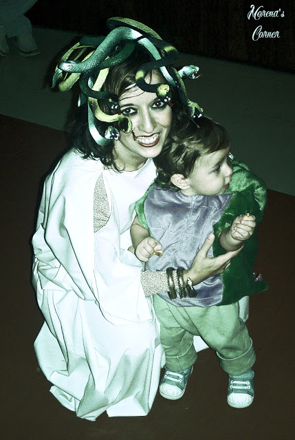 DIY Medusa costume