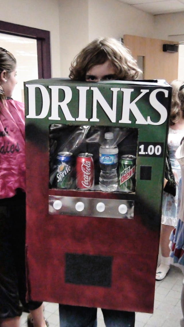 DIY Vending machine costume